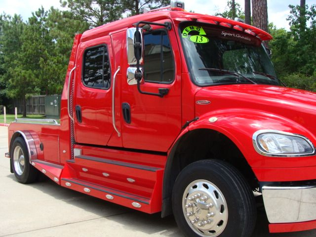 2013 Freightliner M2 106 SPORTCHASSIS RHA CONROE, TX 2