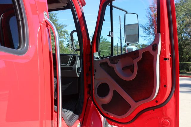 2013 Freightliner M2 106 SportChassis RHA Luxury Ranch Hauler CONROE, TX 21