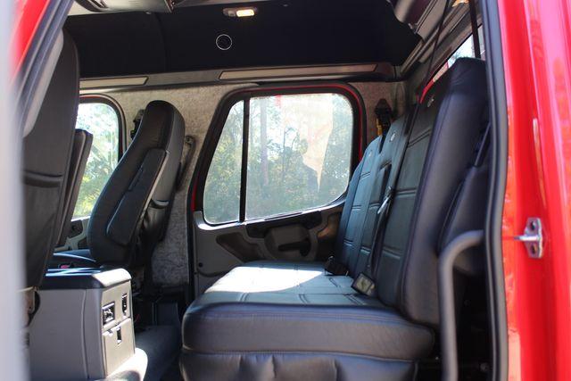 2013 Freightliner M2 106 SportChassis RHA Luxury Ranch Hauler CONROE, TX 26