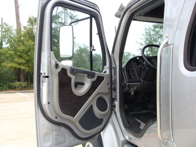 2014 Freightliner M2 106 SPORT SPORTCHASSIS RHA CONROE, TX 36