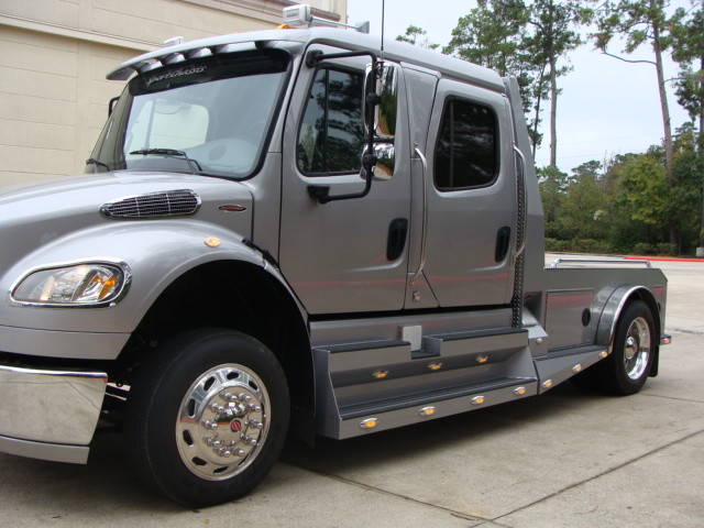 2014 Freightliner M2 106 SPORT SPORTCHASSIS RHA CONROE, TX 7