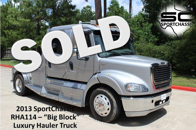 2013 Freightliner M2 112 SportChassis RHA Big Block DD13 Luxury Hauler CONROE, TX