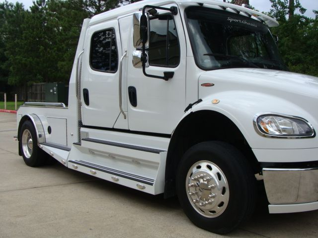 2013 Freightliner M2 SPORTCHASSIS RHA LUXURY RANCH HAULER MEDIUM DUTY CONROE, TX 2