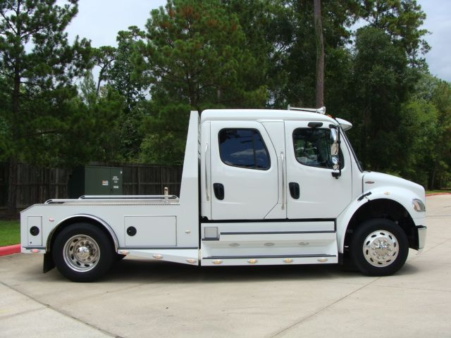 2013 Freightliner M2 SPORTCHASSIS RHA LUXURY RANCH HAULER MEDIUM DUTY CONROE, TX 23
