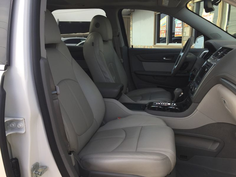 2013 GMC Acadia SLT  Brownsville TX  English Motors  in Brownsville, TX
