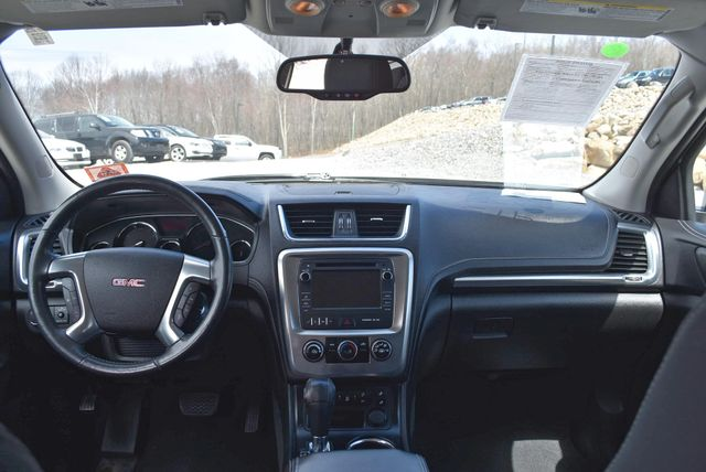 2013 GMC Acadia SLE Naugatuck, Connecticut 17