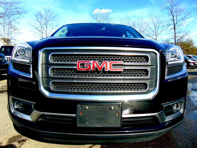 2013 GMC Acadia SLT in Sterling, VA 20166