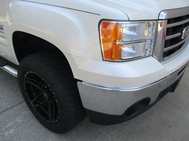 2013 GMC Sierra 1500 SLE in Plano, Texas 75074