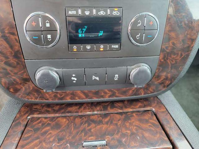 2013 GMC Sierra 2500HD Denali in Hope Mills, NC 28348