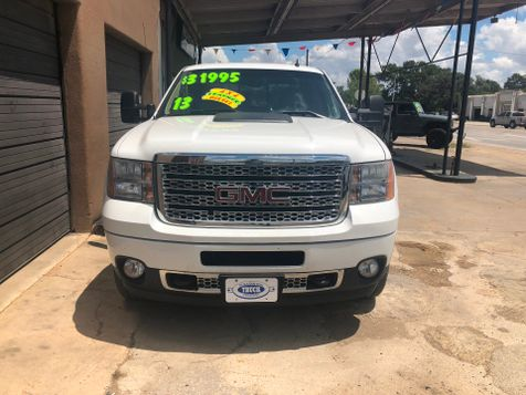 2013 GMC Sierra 2500HD Denali | Pleasanton, TX | Pleasanton Truck Company in Pleasanton, TX