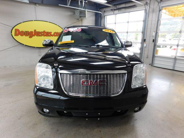 2013 GMC Yukon XL SLT in Airport Motor Mile ( Metro Knoxville ), TN 37777