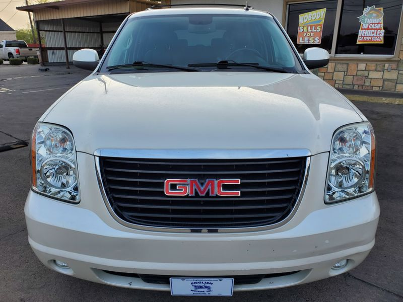 2013 GMC Yukon XL SLT  Brownsville TX  English Motors  in Brownsville, TX