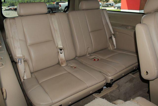 2013 GMC Yukon XL Denali AWD - NAVIGATION - DUAL DVDS - SUNROOF! Mooresville , NC 43