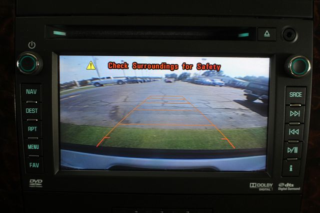 2013 GMC Yukon XL Denali AWD - NAVIGATION - DUAL DVDS - SUNROOF! Mooresville , NC 39