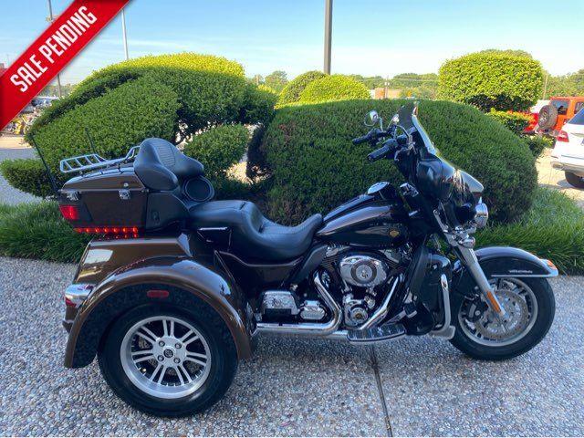 2013 Harley-Davidson FLHTCUTG Tri Glide Ultra Clas in McKinney, TX 75070