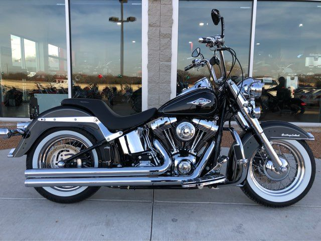 2013 Harley-Davidson Heritage Softail Classic ** Only 1367 Miles**