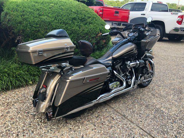 2013 Harley-Davidson Road Glide CVO in McKinney, TX 75070