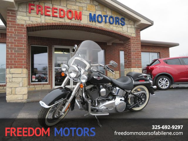 2013 Harley-Davidson Softail® Deluxe