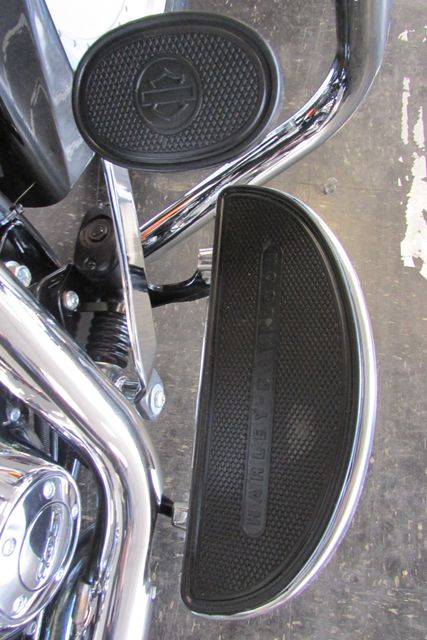 2013 Harley-Davidson Softail® Heritage Softail® Classic Arlington, Texas 15