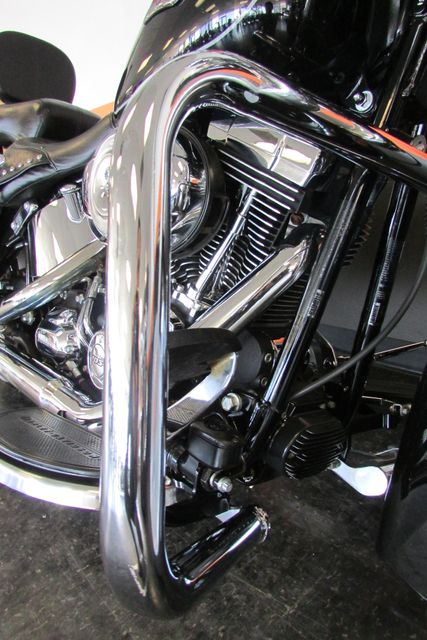 2013 Harley-Davidson Softail® Heritage Softail® Classic Arlington, Texas 20