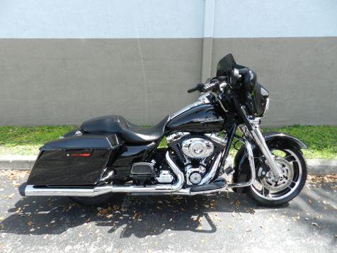 2013 Harley-Davidson Street Glide® FLHX  in Hollywood, Florida