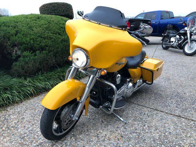 2013 Harley-Davidson Street Glide in McKinney, TX 75070