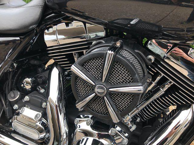 2013 Harley-Davidson Street Glide Base in McKinney, TX 75070