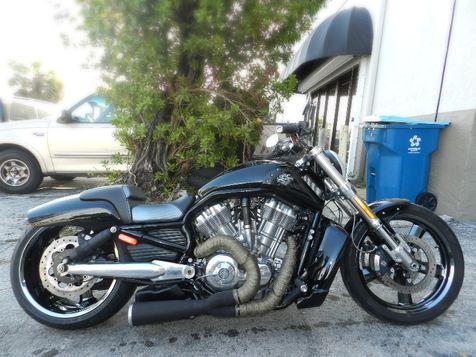 2013 Harley-Davidson V-Rod Muscle VRSCF Air Suspension and more! in Hollywood, Florida