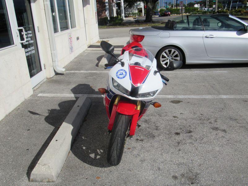 2013 Honda CBR600RR   city Florida  Top Gear Inc  in Dania Beach, Florida
