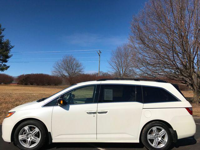 2013 Honda Odyssey Touring Leesburg, Virginia 5
