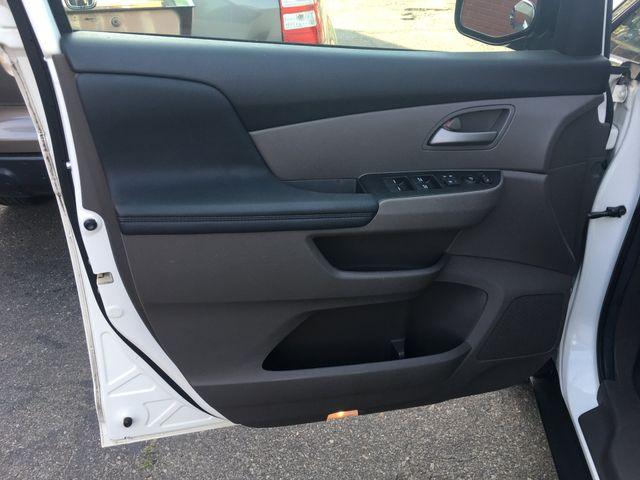 2013 Honda Odyssey EX-L New Brunswick, New Jersey 19