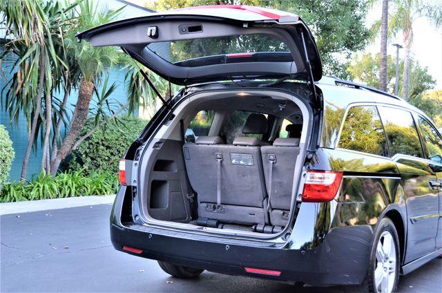 2013 Honda Odyssey Touring Elite Reseda, CA 16