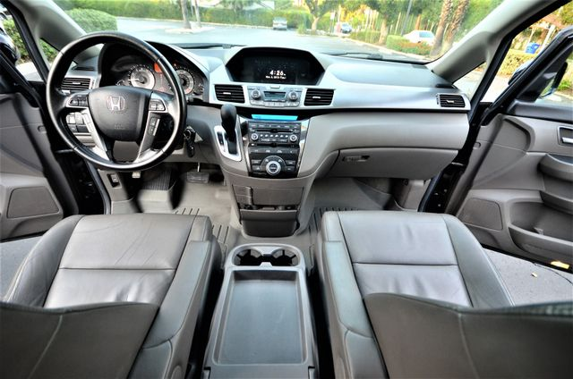 2013 Honda Odyssey Touring Elite Reseda, CA 21