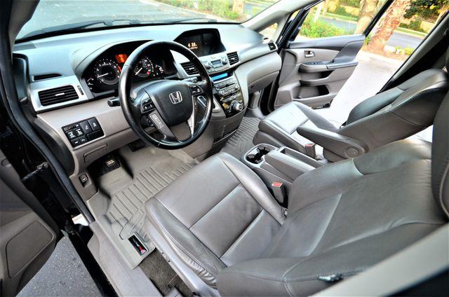 2013 Honda Odyssey Touring Elite Reseda, CA 5