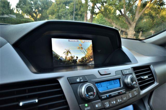 2013 Honda Odyssey Touring Elite Reseda, CA 4