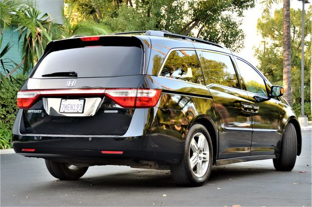 2013 Honda Odyssey Touring Elite Reseda, CA 1