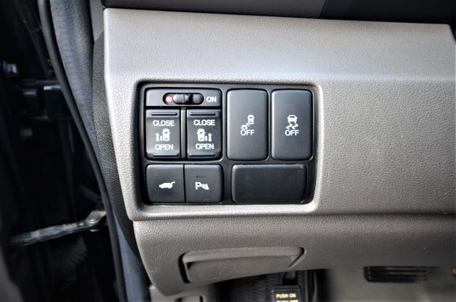 2013 Honda Odyssey Touring Elite Reseda, CA 31