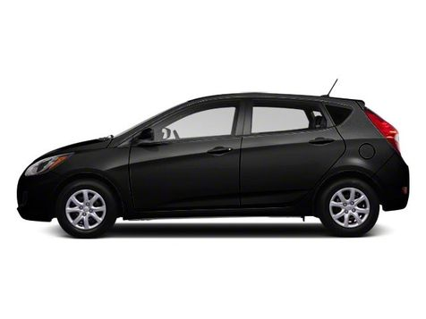 2013 Hyundai Accent 5-Door GS in Akron, OH