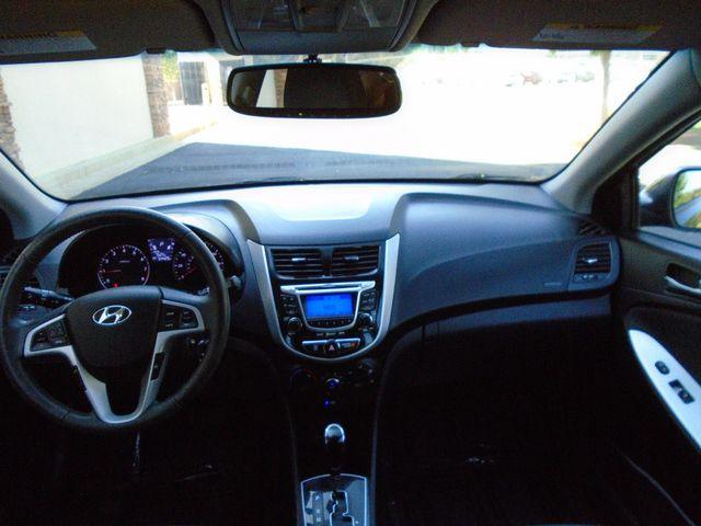 2013 Hyundai Accent 5-Door SE in Alpharetta, GA 30004
