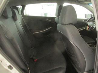 2013 Hyundai Accent 5-Door SE Gardena, California 12