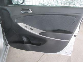2013 Hyundai Accent 5-Door SE Gardena, California 13