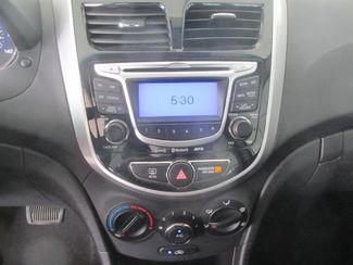 2013 Hyundai Accent 5-Door SE Gardena, California 6