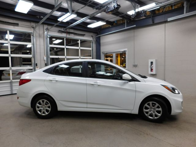 2013 Hyundai Accent GLS in Airport Motor Mile ( Metro Knoxville ), TN 37777