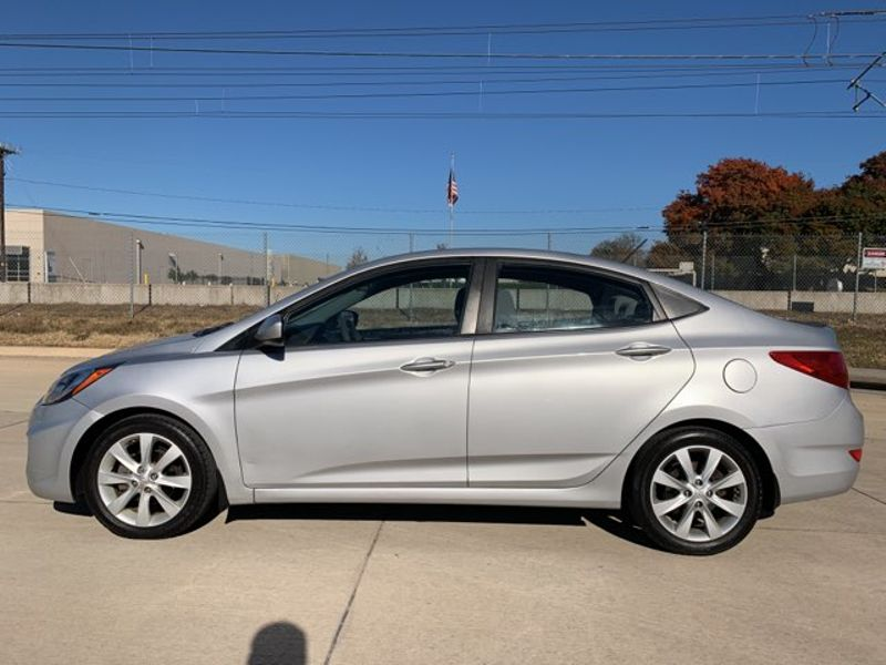 2013 Hyundai Accent GLS  city TX  MM Enterprise Motors  in Dallas, TX