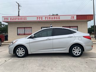 2013 Hyundai Accent GLS in Devine, Texas 78016