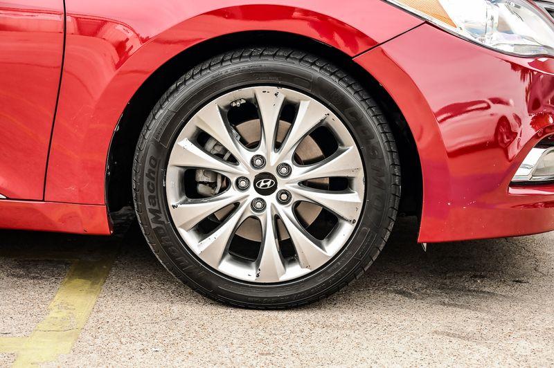 2013 Hyundai Azera 3.3L V6 LEATHER HTD SEATS PWR WINDOWS CLEAN CARFAX in Rowlett, Texas
