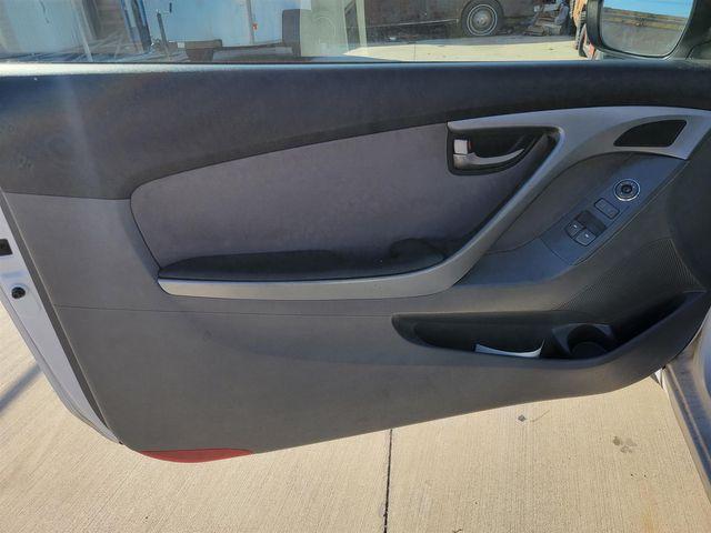 2013 Hyundai Elantra Coupe GS Gardena, California 9
