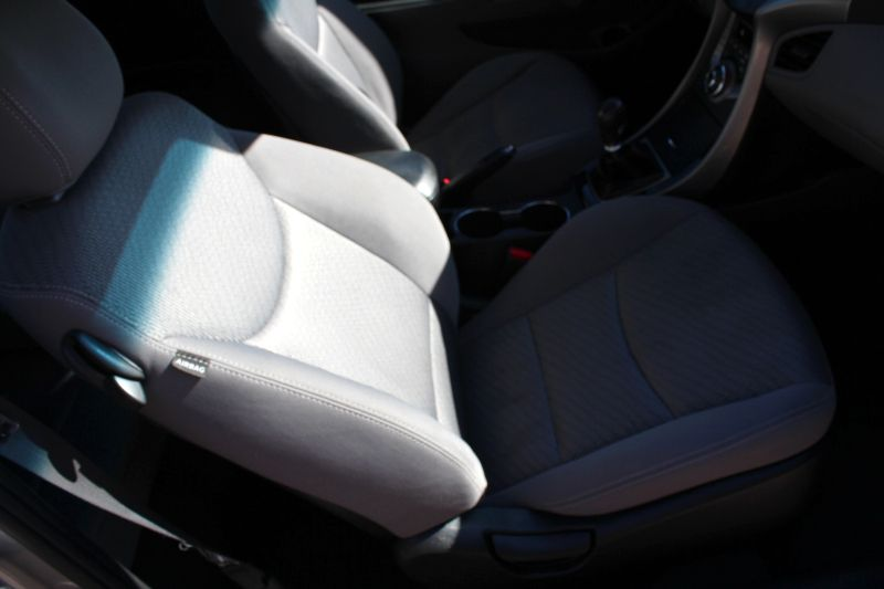 2013 Hyundai Elantra Coupe GS  Lake Forest IL  Executive Motor Carz  in Lake Forest, IL