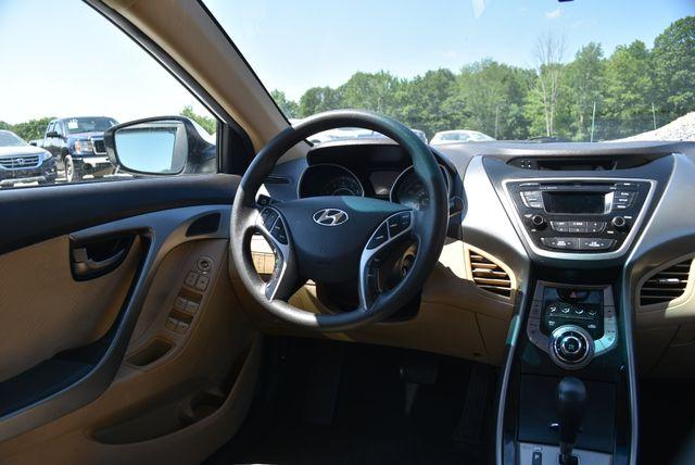 2013 Hyundai Elantra GLS Naugatuck, Connecticut 9