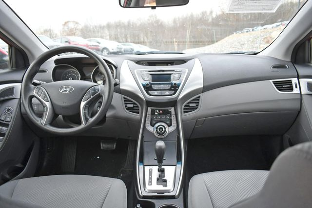 2013 Hyundai Elantra GLS Naugatuck, Connecticut 15